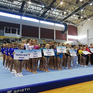 Mlade nade hrvatske gimnastike u Slavonskom Brodu nastupile na Višebojskom prvenstvu Hrvatske te Završnici kupa